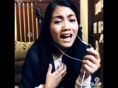 """Desy Ratnasari """"Hidayah"""" Cover By Ariani Dewie"""