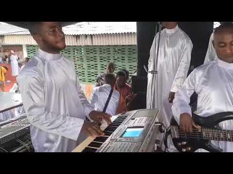 Download ALAYO MELODY SINGER. HARVEST RECEPTION @ CCC IRAWO OWURO OLOGODIDAN PARISH ,IDOMILA IJEBU ODE 1