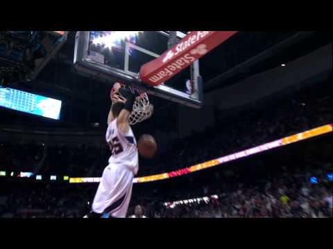 Kyle Korver dunks AGAIN