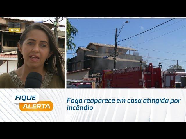 Fogo reaparece em casa atingida por incêndio na semana passada no Inocoop