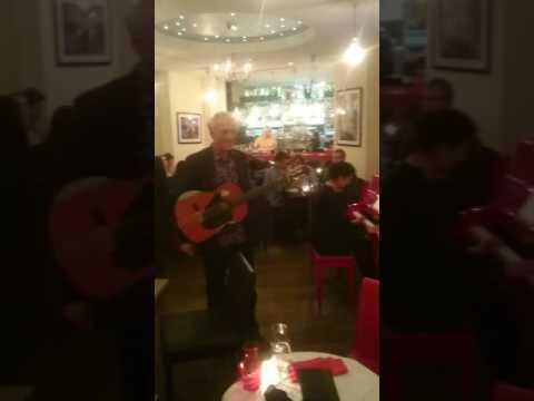 Restaurant IKRA - 119 boulevard Raspail Paris 6 - Musique Live
