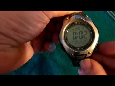 Как настроить электронные часы сделать 24:00 или 12:00 час
