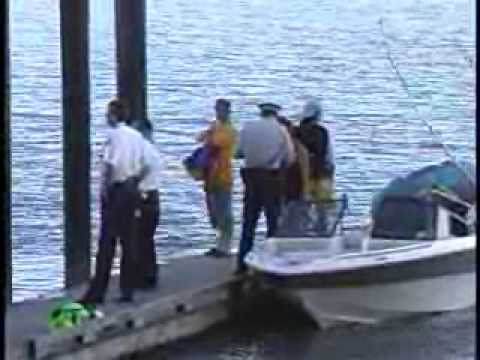 COQUITLAM FIRE SEARCH RESCUE LOOK FOR MALE THAT FALLS OFF BOAT AND DROWNED IN THE FRASER RIVER