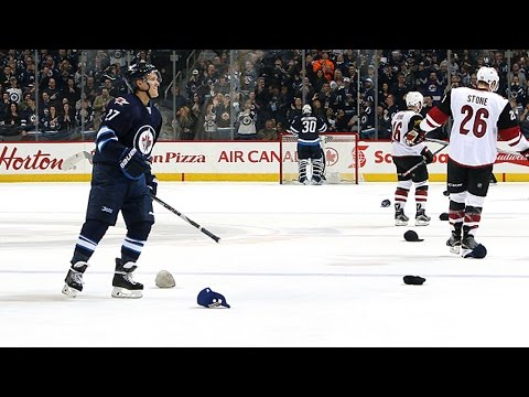 Ehlers collects first career hat trick