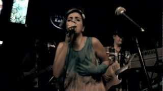 Sezen Aksu Tribute _ Ceylan Ertem @ Hayal Kahvesi - Kalbim Ege' de Kaldı Video