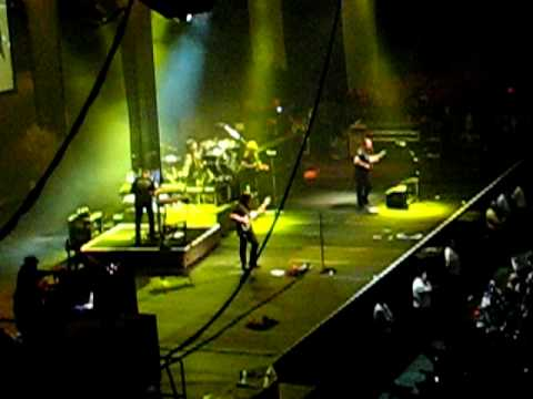 Dream Theater - The Spirit Carries On (Arena - Santiago - Chile - 2010)