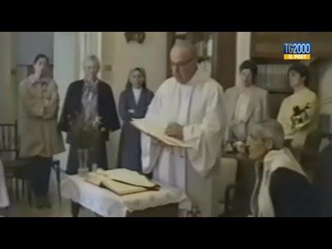 Papa in Puglia 'Sui passi di don Tonino Bello', anticipazione doc Tv2000
