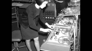 Delia Derbyshire- Ziwzih Ziwzih OO OO OO (backwards)