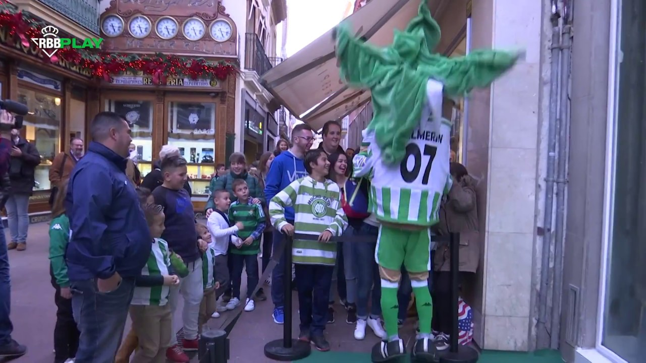 3063c6f94 Kappa inaugura en el corazón de Sevilla una tienda oficial del Real Betis  de 4 plantas