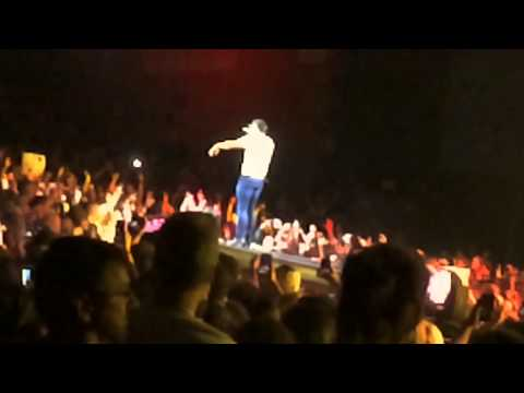 Luke Bryan- Shake it Country Girl / Xfinity Theatre Hartford CT Section 100 Row J Seat 117