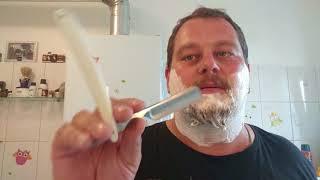 Klaus rasiert sich - 1190 J.A. Haenkels Zwillingswerk Rasiermesser