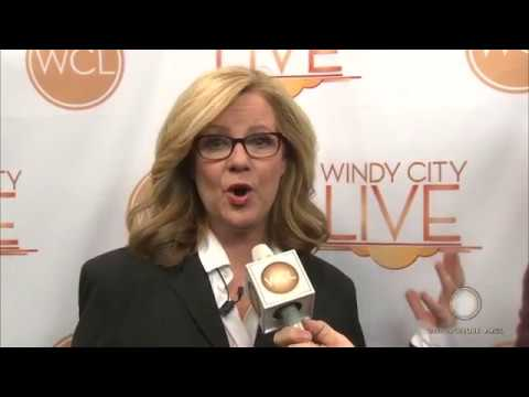 2 Minute Warning with Bonnie Hunt