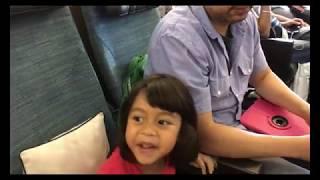 Đợi máy bay đi Hồng Kông ở phi trường Toronto // Cuộc Sống Canada- Vợ Việt Chồng Tây