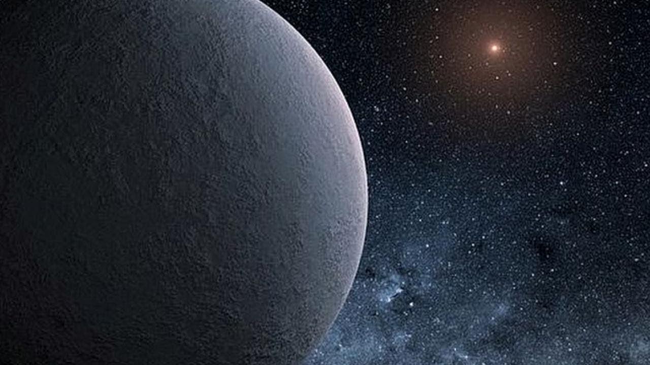 модельными фото объектов солнечной системы она