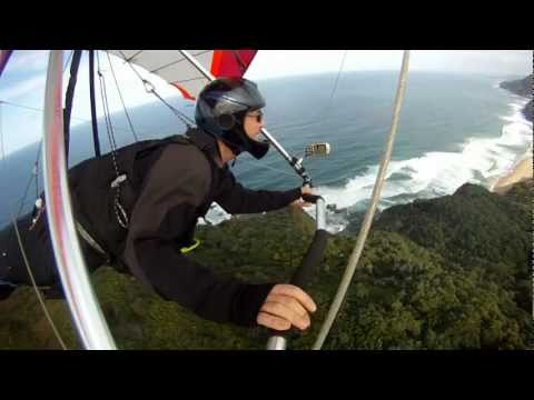 Hang Gliding Stanwell Tops - Flying, Down Under Style