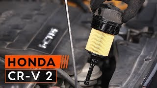 How to replace Engine Oil and Oil filter on HONDA CR-V 2 TUTORIAL | AUTODOC