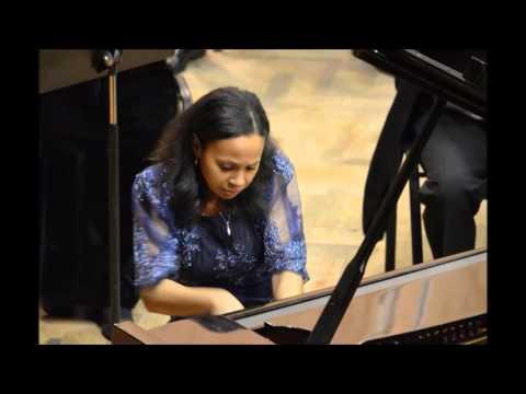 Rebeca Omordia plays Saint-Saens Piano Concerto 2 , 3rd Movt.