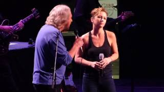"""How Can I Mend a Broken Heart"" Barry Gibb & Samantha Gibb@Wells Fargo Philadelphia 5/19/14"