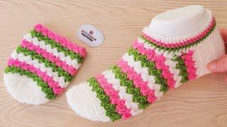 Вязаные легкие цветные пинетки с узором - вязаные носки ручной работы