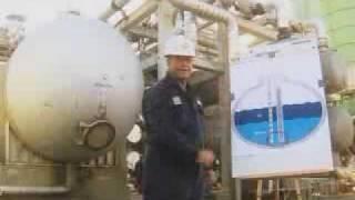 BP Electrostatic Desalter in the US - separation, oil, level measurement, process improvement