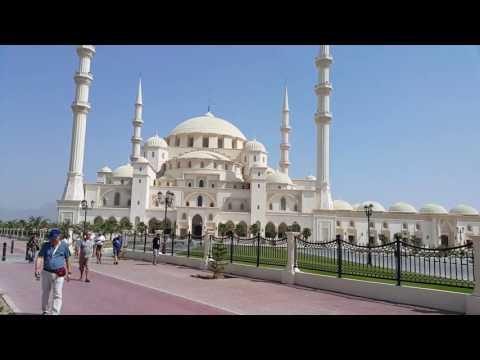 Sheikh Zayed Mosque in Fujairah 05.05.2017