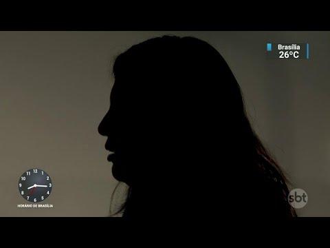 Vídeo mostra professor universitário agredindo a ex-namorada | SBT Notícias (26/04/18)