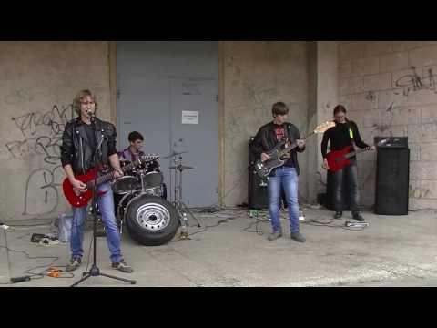 концерт от рок  группы репродуктор видео михайловка