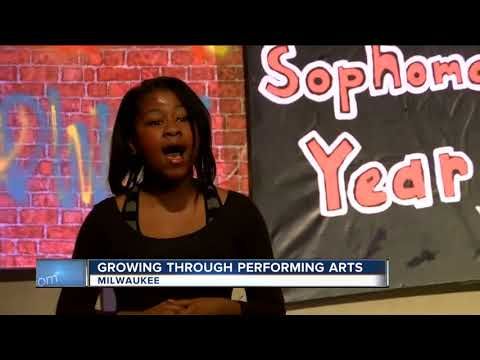 """Milwaukee's Roosevelt Middle School of the Arts students put on musical """"FAME Jr."""""""