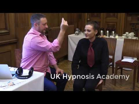 Learn Hypnosis - A Simple but Effective Hypnotherapy Session - UK Hypnosis Academy