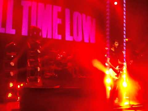 """Therapy"" - All Time Low @ Dirty Work Tour"