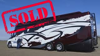 **SOLD** 2019 Show Hauler Exterior – 45 FT Freightliner Cascadia Chassis -  IWS Motorcoaches