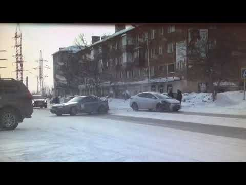 ДТП Ленинск-Кузнецкий Hyundai Vs Skyline (03.03.2018 г.)