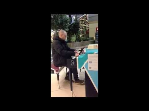 NL Airport Public Piano - Drummer Boy Christmas - Tim Purdy Piano Improvisation