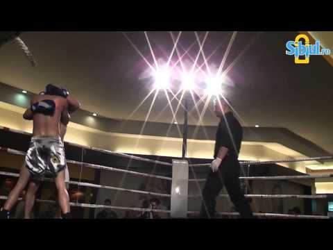 Alexandru Avram vs Cosmin Aron la Kickboxing K1 Sibiu 2012 / www.sibiul.ro