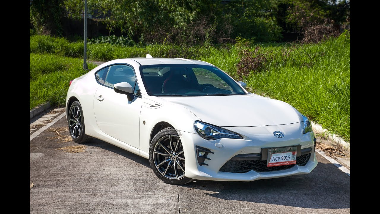 Toyota 86 2.0 AT White Pearl
