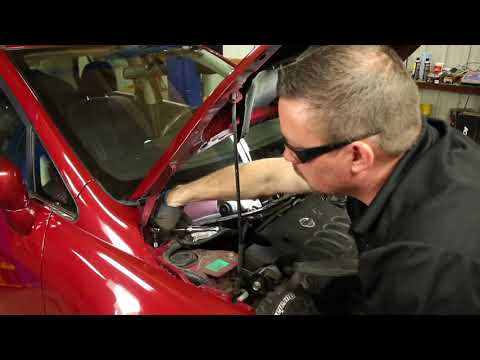How to Replace Shocks and Struts in a Nissan Versa – 2007-2011