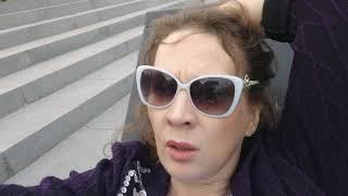 Лежу у Достоевского - на библиотеке имени Ленина и мне вспоминается метро 2033