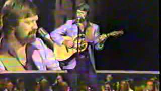 Watch Glen Campbell I Believe video