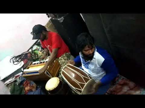 Emil playing harmonium pardesi song @chennai gana dolak jagan