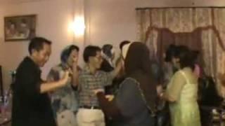 JOGET MALAYSIA (DI BRUNEI) Lagu P. Ramlee nyanyian pasangan HM Omar