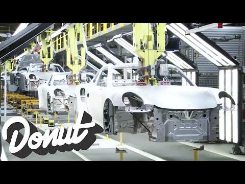 VÍDEO: Produção do Porsche 911 em 120 segundos