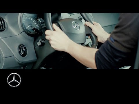 How to adjust the steering wheel of your Mercedes-Benz van