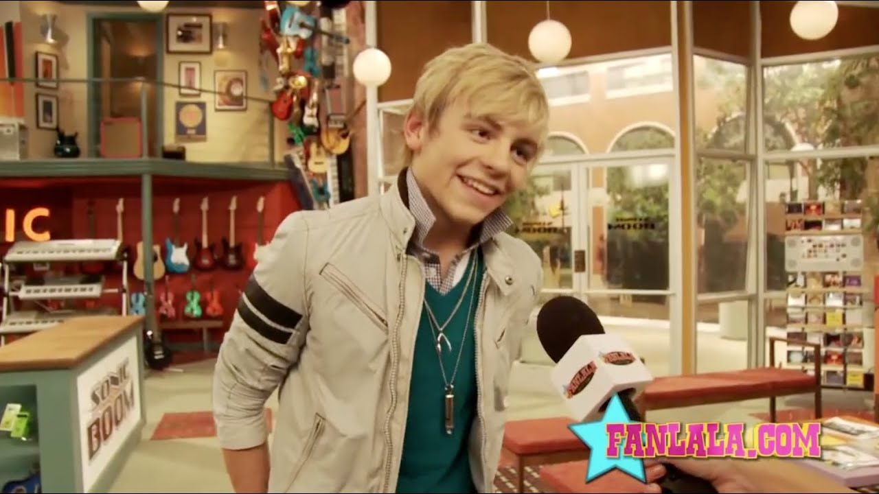 Austin and ally kissing scenes