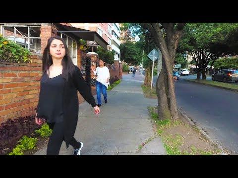 Bogotá - Walking in Chapinero to Zona G - Colombia