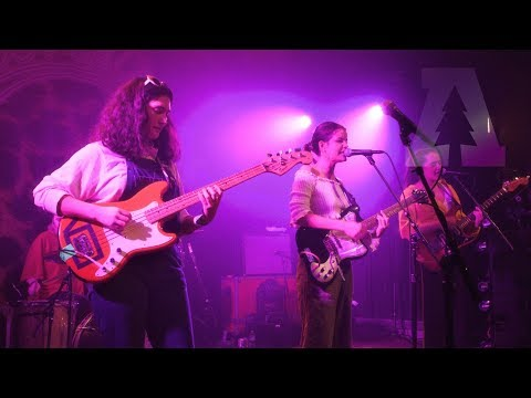Hinds - Chili Town   Live From Lincoln Hall