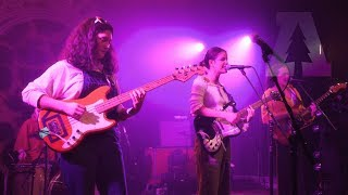Hinds - Chili Town | Live From Lincoln Hall