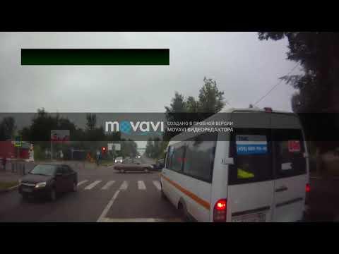 Электросталь 06 08 2019 Водитель маршрутки с пассажирами нарушает правила
