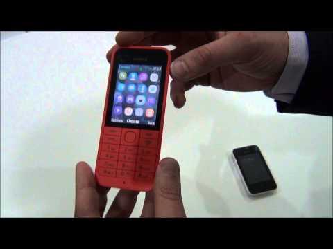Nokia 220 e Nokia Asha 230 - Video anteprima dal Mobile World Congress 2014