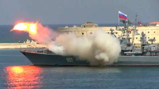 Russian rocket almost killed people on parade 26.07.15 Launch fail