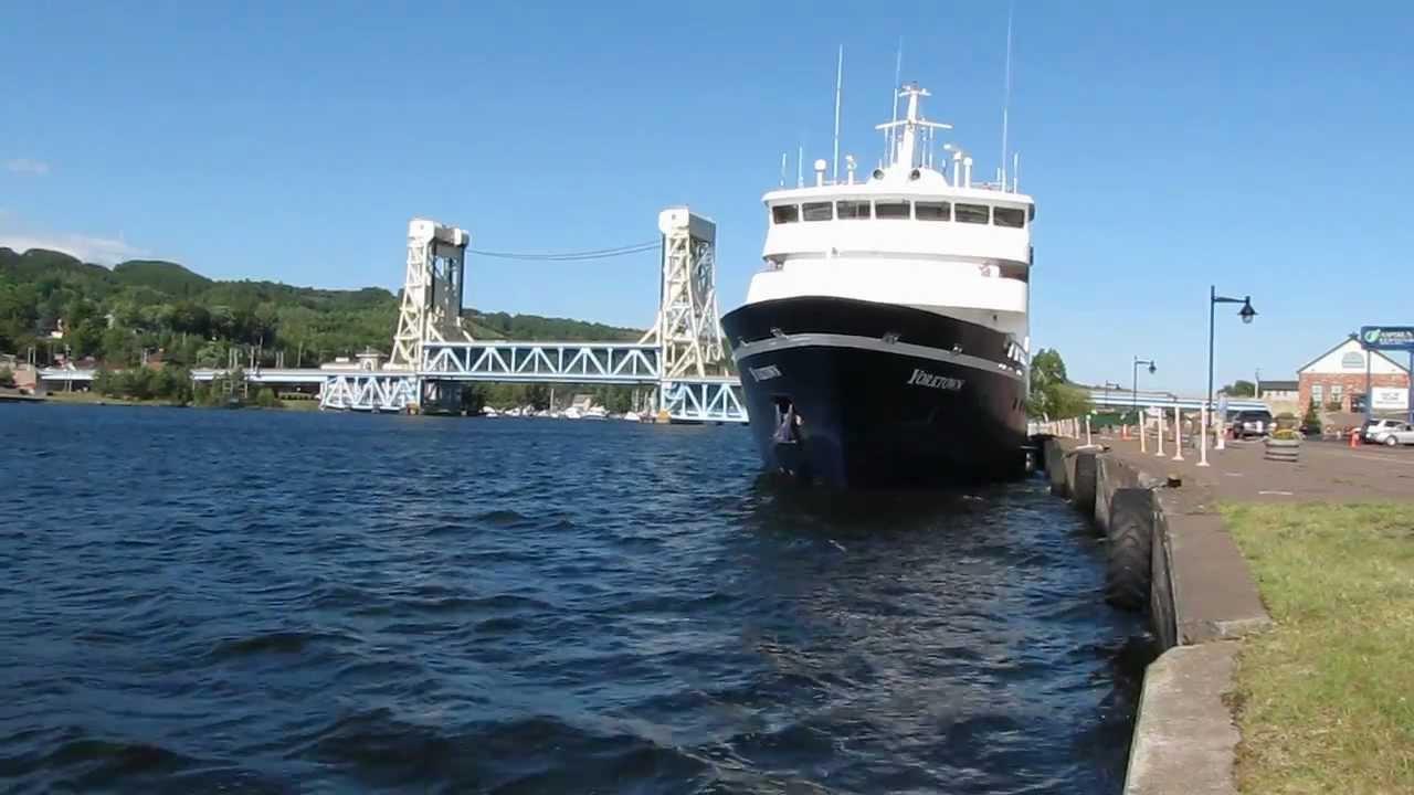 Great Lakes Cruise Ship Port Of Call Houghton Michigan YouTube - Cruise ship yorktown